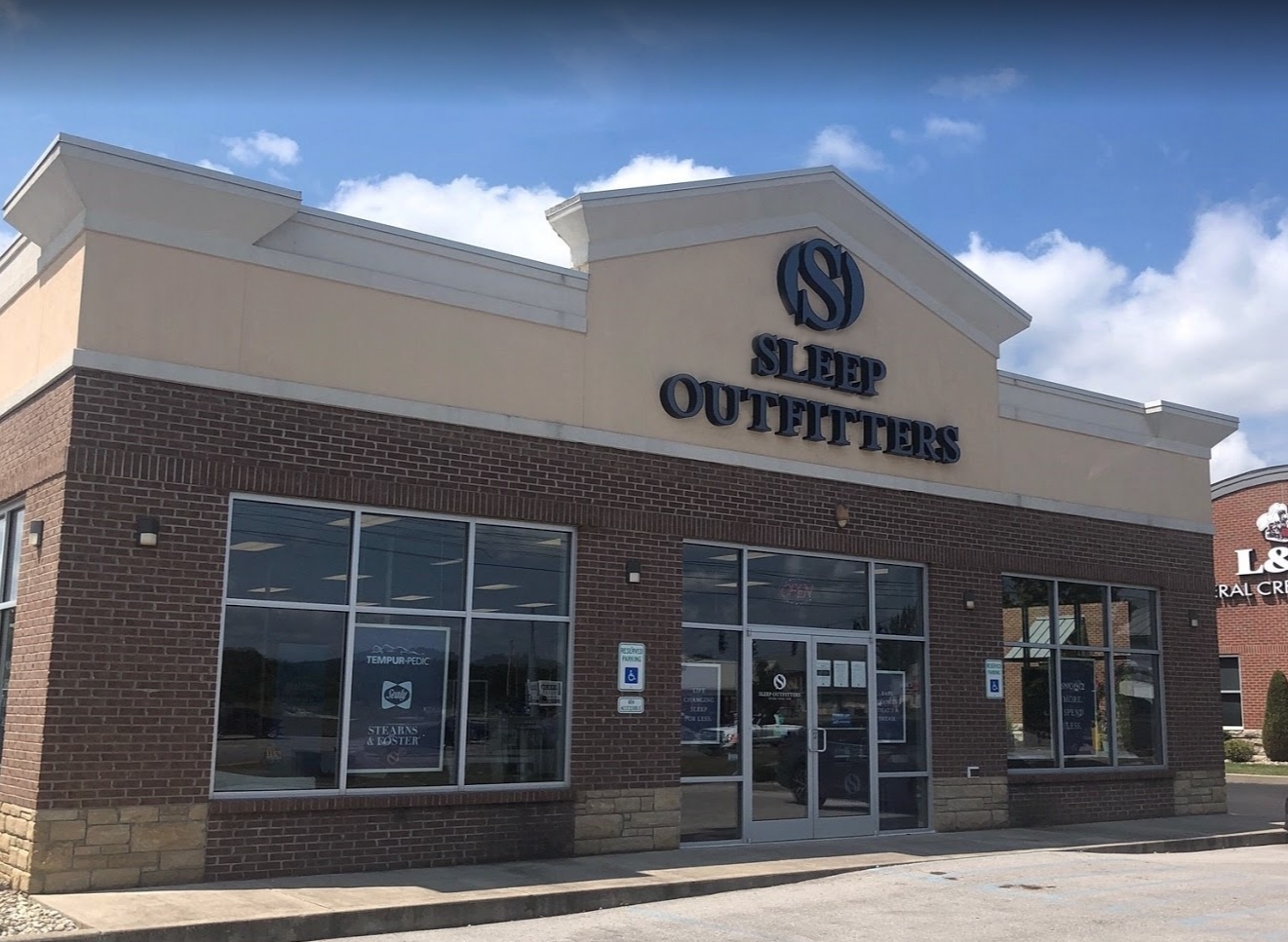 Sleep Outfitters Somerset