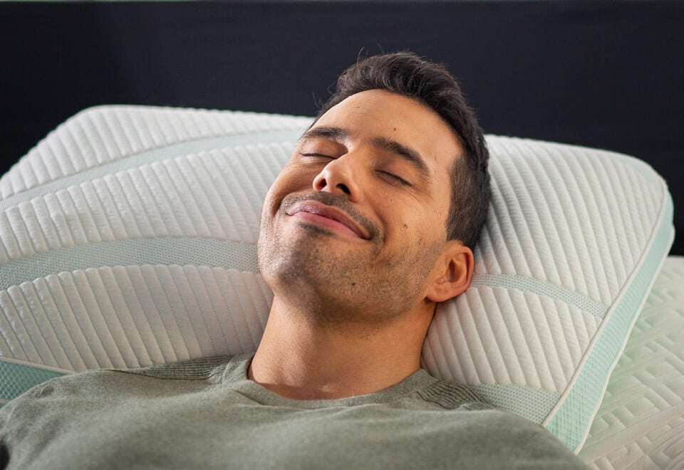 Sleep Outfitters has sleep solutions for back sleepers, from the right mattress and pillow to the best sheets.  Shop TEMPUR-Pedic and Stearns and Foster mattress brands.